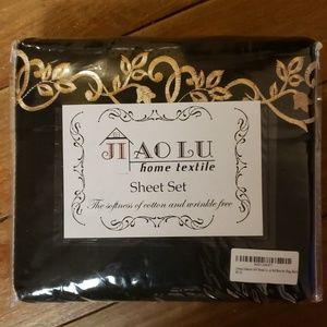 J.Home 1500 Thread Count Black King Sheet Set